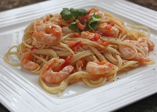 Spicy pasta with prawns #healthy food recipes under 300 calories