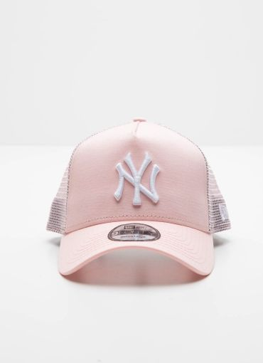 940Af New York Yankees Trucker - Pink [Follow us: @Peppermayo for more cuteness and daily fashion inspo.]