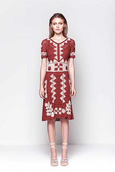 Crochet dress form Giovana Dias