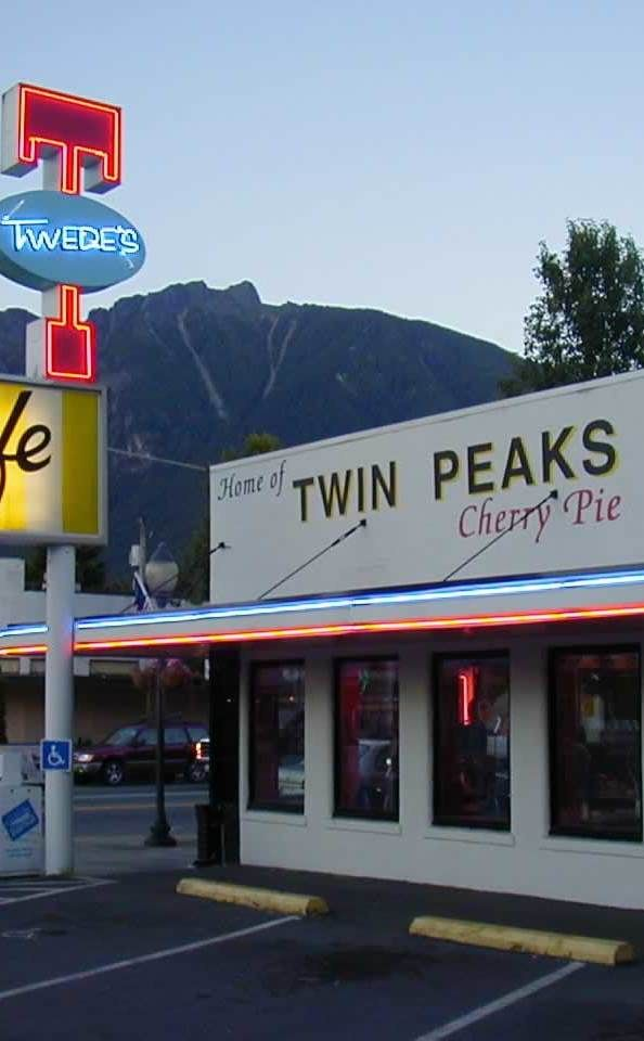 Twede's Cafe (Double R Diner Twin Peaks Filming Location) | Travel | Vacation Ideas | Road Trip | Places to Visit | North Bend | WA | Local Dining | Breakfast Spot | American Food | Diner | Coffee Shop | TV Filming Location