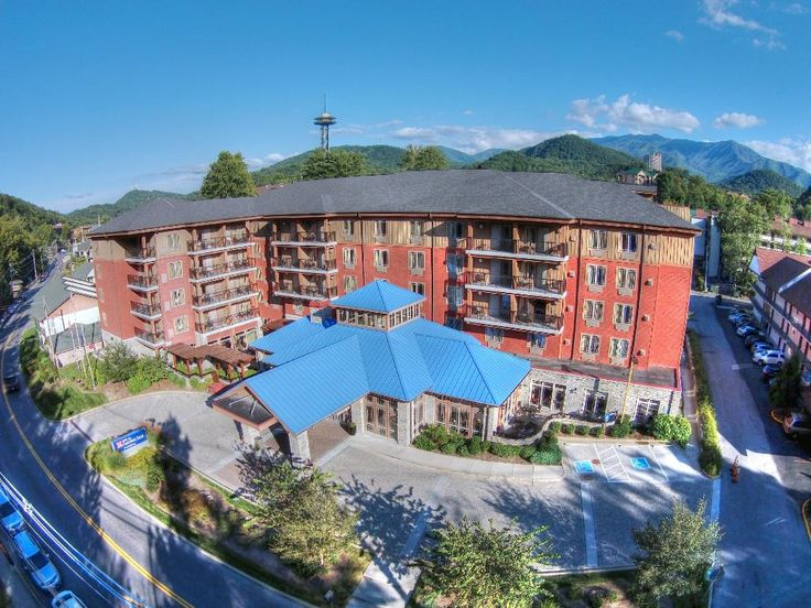 Book Your Next Stay At The Hilton Garden Inn In Downtown Gatlinburg
