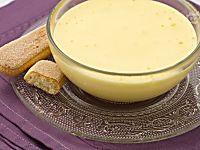 Torta allo yogurt con pesche e mandorle senza olio e burro buonissima soffice con tanto yogurt nell'impasto pesche succose e mandorle croccanti