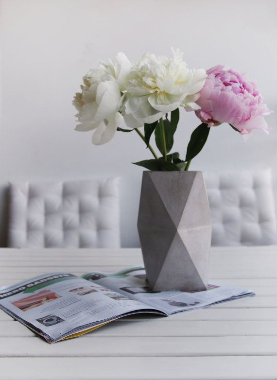 Concrete Geometric Minimalist Vase geometrical door frauklarer