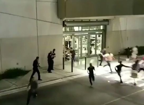 An incident happened yesterday in Aventura Mall in Florida. Multiple witnesses are claiming there was a shooter. There's videos witnesses took that show people running in fear, screaming, cop…