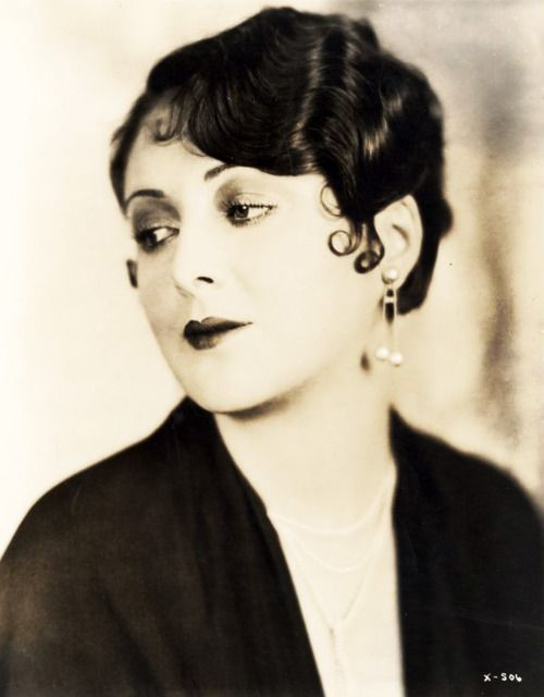 Billie Dove Marcel Waves & Pin Curls- Stunning
