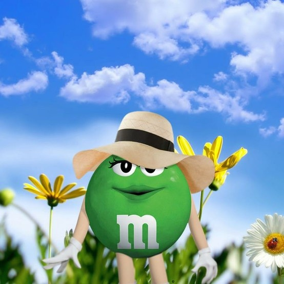 Ahhh...the first day of spring. Ms Green is already wearing the latest fashion bonnet.