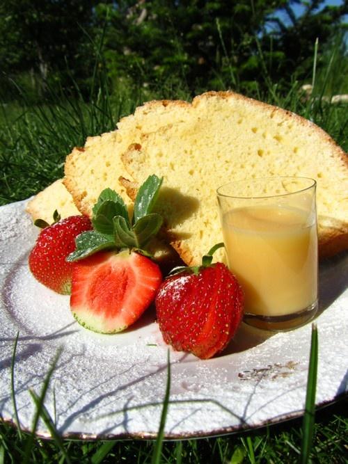 Babka ajerkoniakowa | Eggnog cake