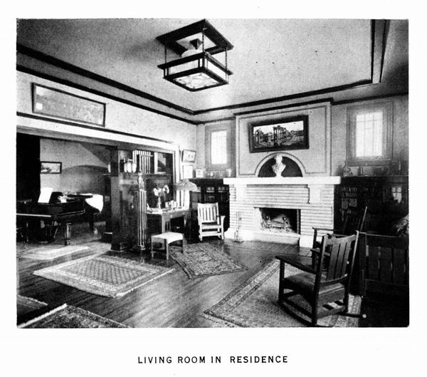 Living Room Of Klutho Residence
