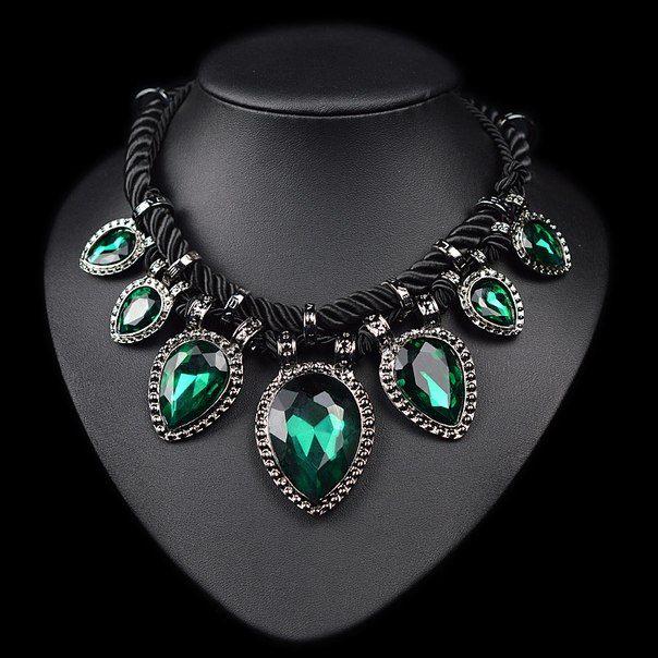Изумрудное ожерелье из магазина East International Knitting Где купить: http://ali.pub/071xo
