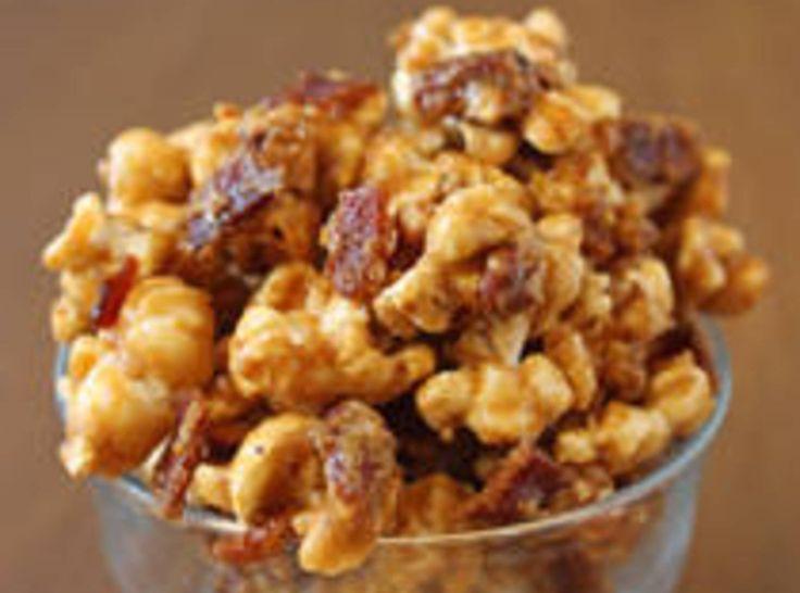 Bacon Caramel Popcorn | YUM | Pinterest