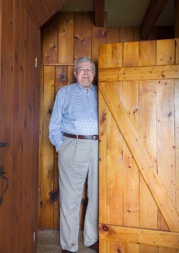Henry Petroski passa seus verões em uma cabana no Maine, às margens do rio Kennebec. O professor de engenhraria se apaixonou pela construção e escreveu um livro sobre ela