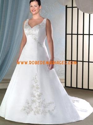 Robe de mariée grande taille satin broderie sur mesure