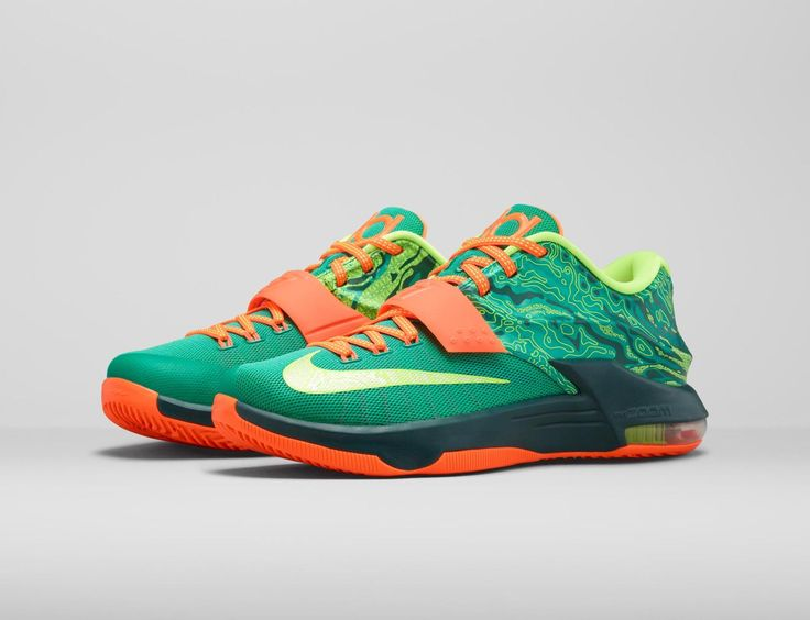 The KD 7 Weatherman colorway takes inspiration from tools used by  meteorologists. Description from news