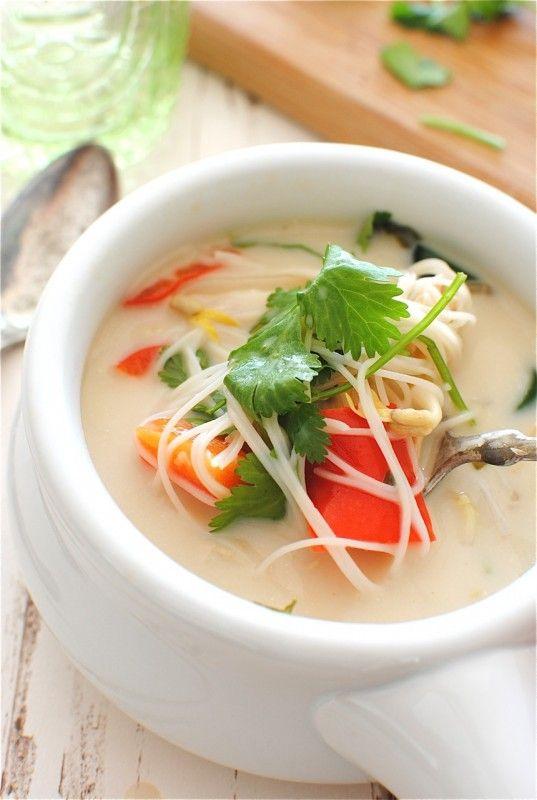 Slow Cooker Thai Chicken Noodle Soup: Cooker Thai, Chicken Soups, Crock Pots, Chicken Noodle Soups, Recipe, Thai Chicken, Chicken Noodles Soups, Slow Cooker, Rice Noodles