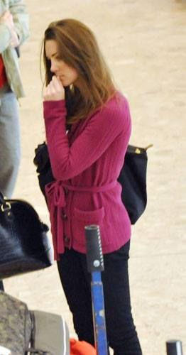 Kate Middleton at Geneva Airport (March 22, 2009)