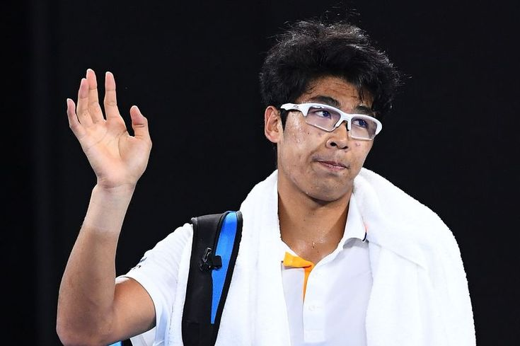 South Korean tennis star Hyeon Chung shows off huge blister that ended his Australian Open semi-final against Roger Federer - Mirror Online
