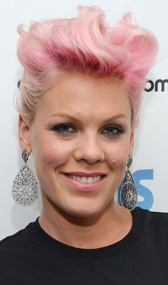 Rockabilly Hairstyles For Short Hair - Pink Pompadour