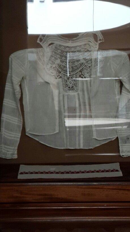 Aintab hand made exhibition in Armenia  Needlework on shert