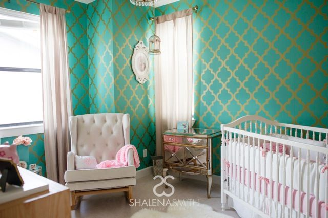 This wallpaper brings this Hollywood Glam nursery to life! (Such a fab design from @Shalena Smith)Powder Room, Hollywood Glam, Projects Nurseries, Baby Room, Sitting Room, Nurseries Ideas, Baby Nurseries, Glam Nurseries, Accent Wall