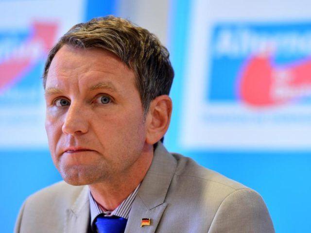 """""""Die AfD ist eine Schande mit Parteistatut"""", sagte CDU-Vize Thomas Strobl, Angesichts der Äußerungen von Thüringens AfD-Chef Björn Höcke zum Berliner Holocaustmahnmal. """"Ich bin überzeugt, der Verfassungsschutz muss ein scharfes Auge auf die AfD insgesamt und auf einzelne Personen aus der AfD haben."""""""