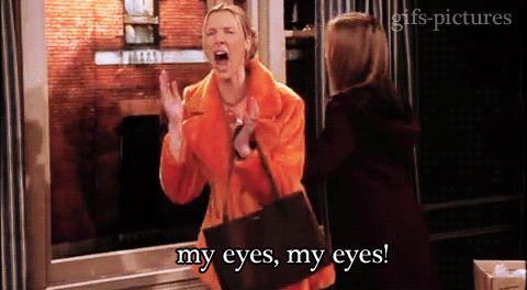 10 incómodas situaciones que toda persona que use lentes de contacto comprenderá