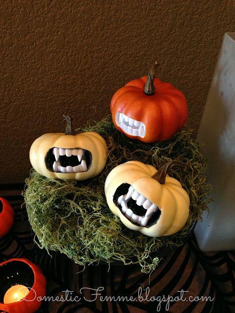 1000 ideas about vampire pumpkin on pinterest batman for Vampire teeth pumpkin stencils