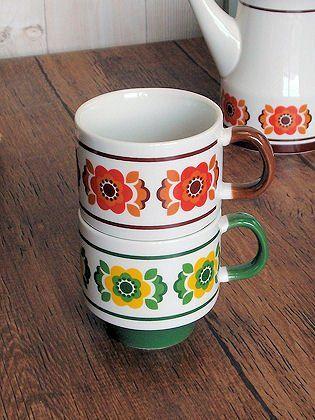 Amazon.co.jp: 北欧雑貨 デイジー スタック マグカップ アンティーク調 カントリー雑貨 (グリーン): ホーム&キッチン