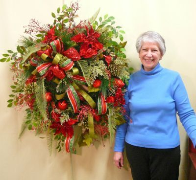 How To Make Christmas Wreaths | How to Make a Christmas Door Wreath - Step by Step