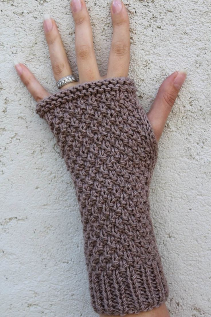"""kit a tricoter """"mitaines au point de blé"""" - KITS A TRICOTER/pour les mains - 1ou2mailles                                                                                                                                                                                 Plus"""