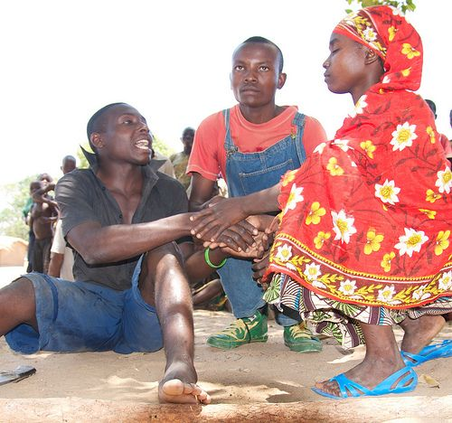 Teaching gender rights, family planning, and other health-related issues through community theatre in rural Mozambique.