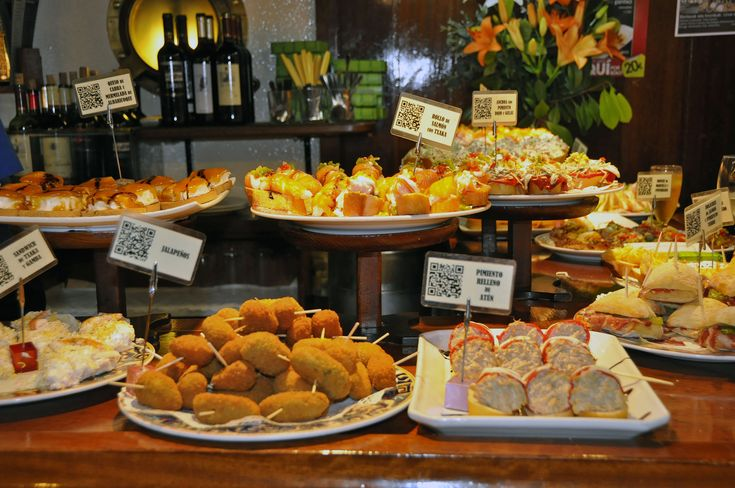 Pintxos, calamares and chipirones and all the beauties of north Spain