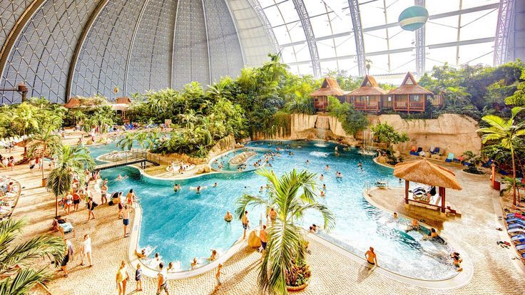 20 Pictures Of The World S Largest Water Park Indoor Waterpark Tropical Islands Resort Water Park