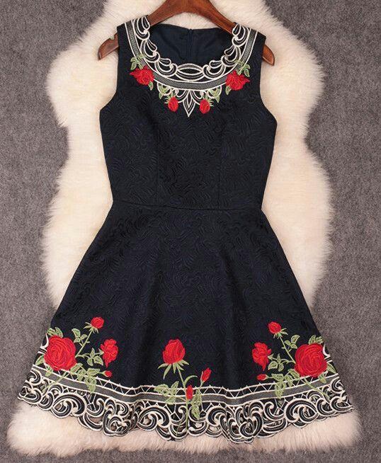 Resultado de imagen para vestidos bordados mexicanos