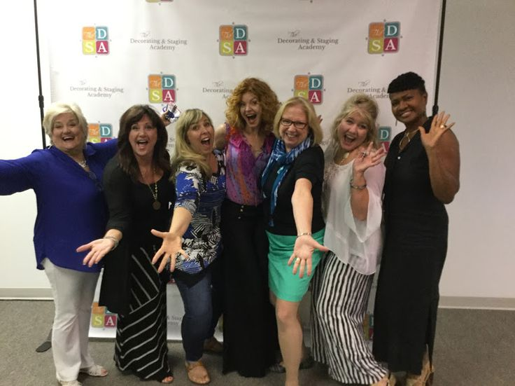 Carol Bass having fun at the Decorating & Staging Academy!