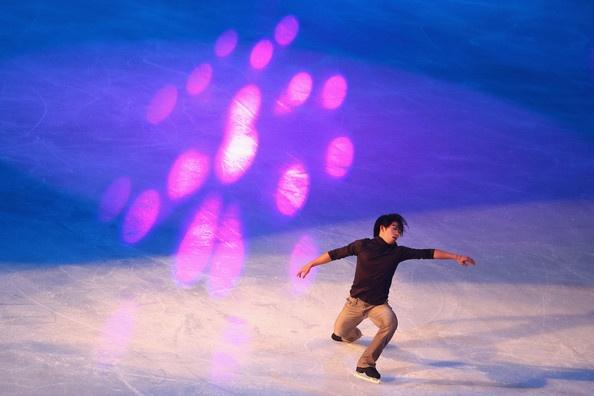 Takahito Mura Photo - ISU Grand Prix of Figure Skating Trophee Eric Bompard - Day Three