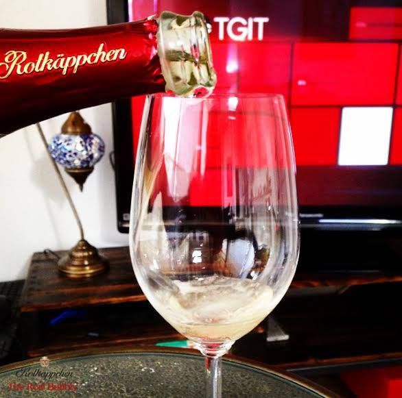 Tonight, let #TheRealBubbly join your #TGIT routine! #SavourTheBubbly #SparklingWine