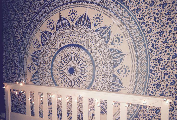 #bed #bedroom #wandteppich #schlafzimmer #blue #blau #mandala #lichterkette #bett