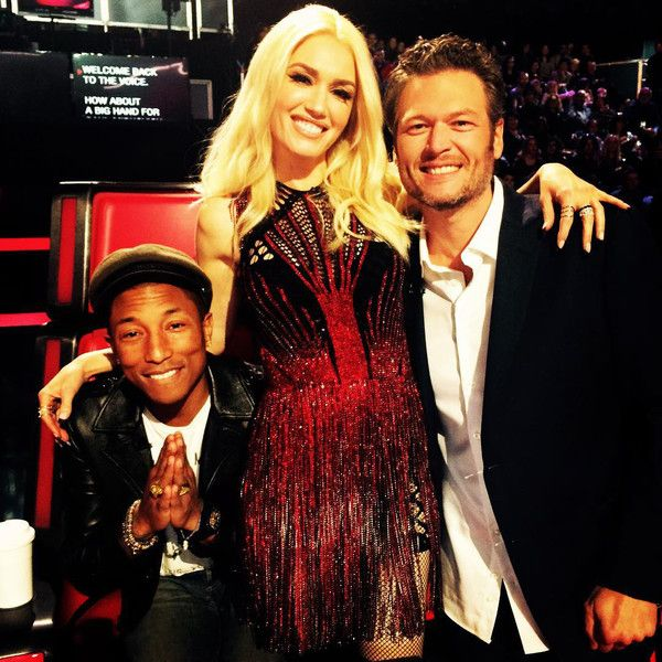 Gwen Stefani Cozies Up to Blake Shelton on The Voice Set Gwen Stefani, Blake Shelton, Pharrell Williams, Instagram