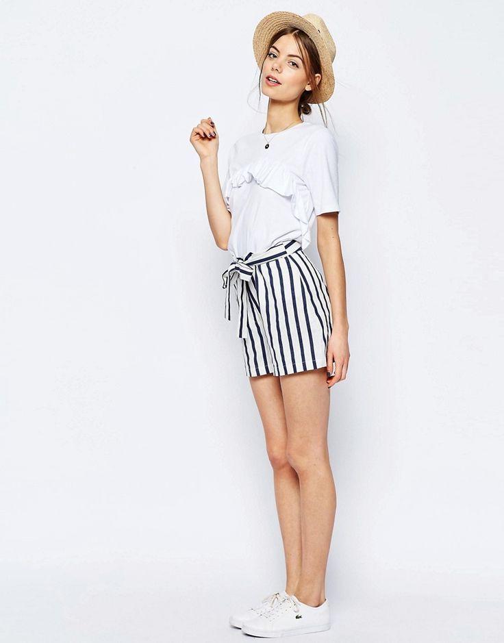 Pantalones cortos de lino a rayas con cinturón anudado de ASOS