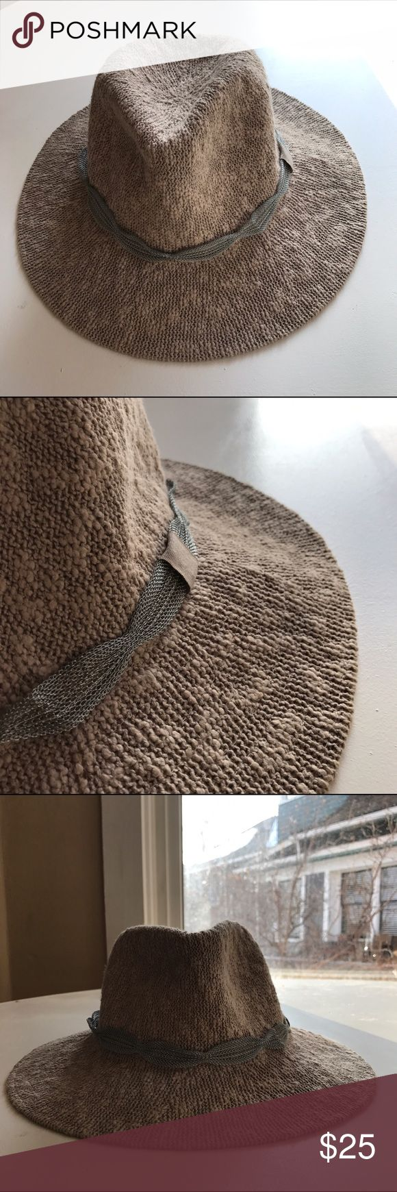 Anthropologie rancher hat Beautiful hat from Anthropologie! Lightly worn. Anthropologie Accessories Hats