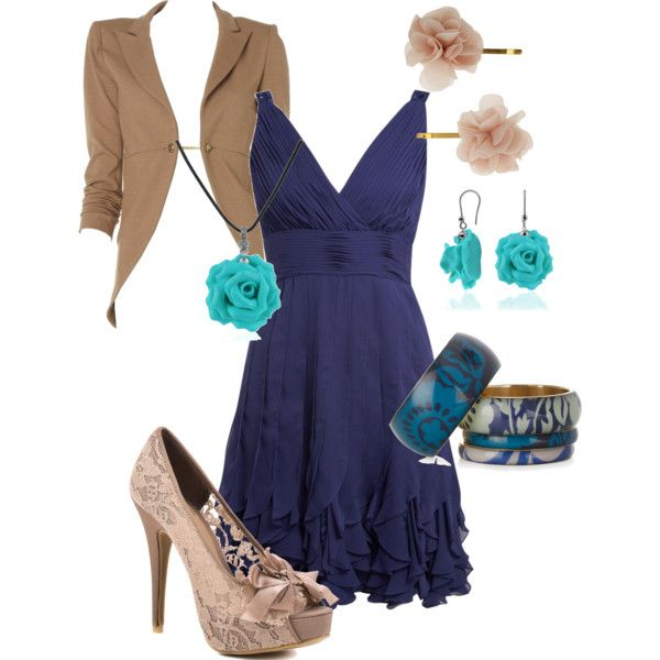Cute navy dress. Yes I'm addicted to navy... Dani... Lyndsie!