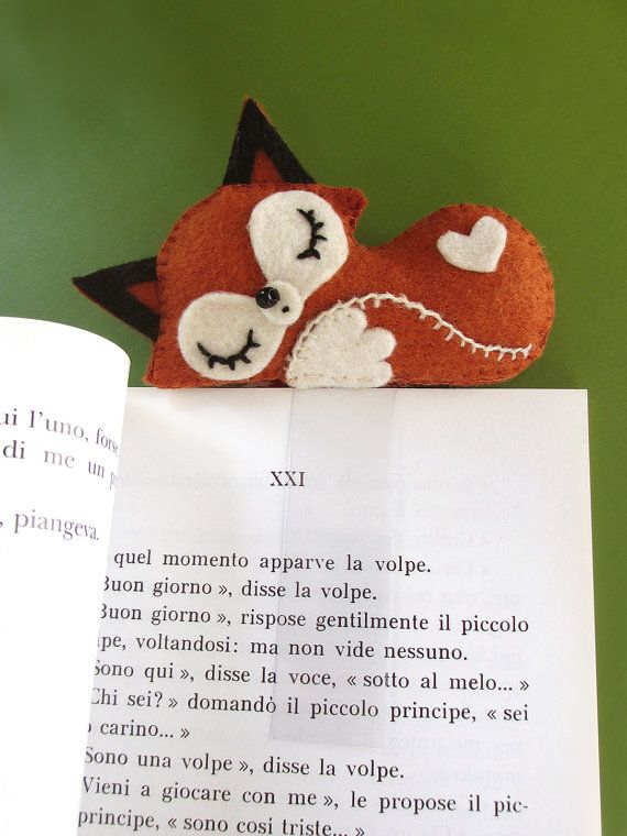 Sleeping fox cub, bookmark made of felt