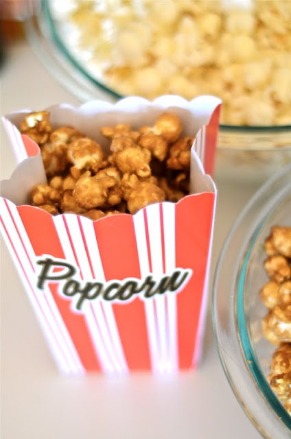 No movie party is complete without popcorn! #oscars #berrycards