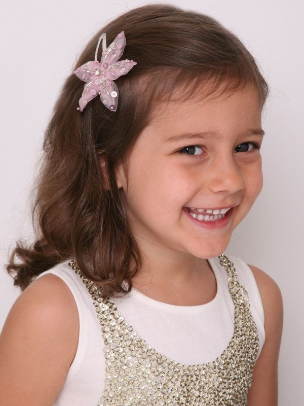 Starry Lights Hair-Clip in Pink #partydress #kidsparties #childrensparties #girlspartydresses #enchantedparty #partyideas #vintageparty