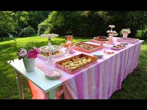 Make your next summer party stress-free with a self-serve buffet. Here are three easy tips!