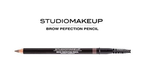 The perfect tool to structure ur eyebrows! #squareurface #studiomakeup #makeup #browperfectionpencil