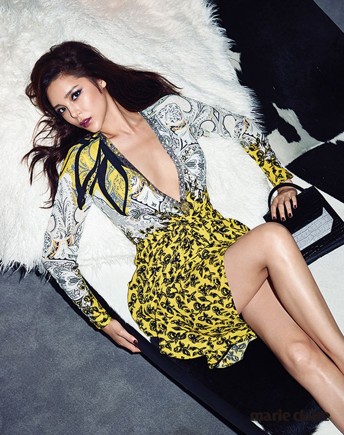 Park Si Yeon Takes A Slice Of The Las Vegas High Life For Marie Claire Korea | Couch Kimchi