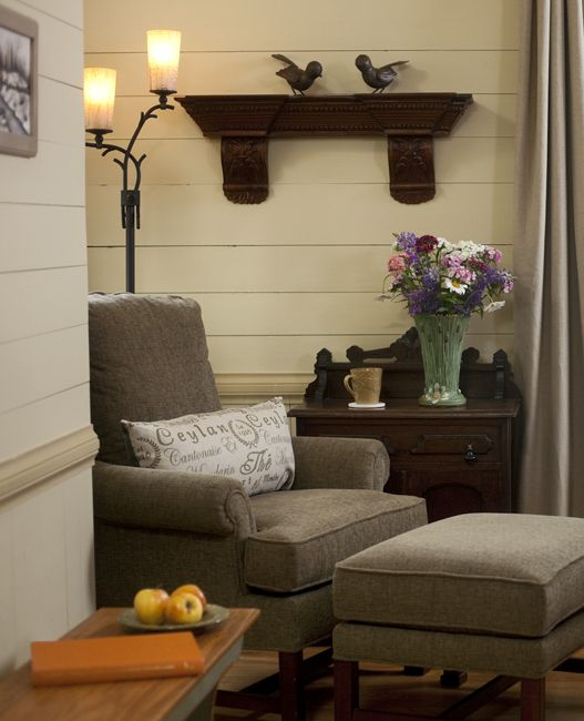 17 best images about cozy corners on pinterest painted for Cozy reading nook