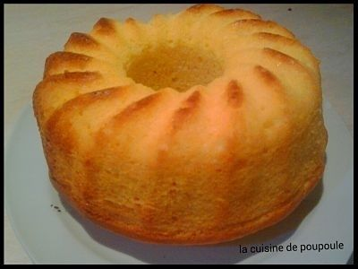 Si vous réalisez une de mes recettes envoyer (christelle.traynard@wanadoo.fr) moi les photos (ou si vous avez un blog le lien de votre recette) pour une petite mise à l'honneur. Coucou, Voici un super gâteau ultra moelleux. Vous savez que durant les vacances...