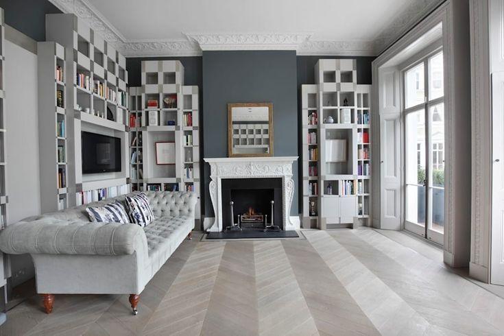 Chevron laid Ash Grey Flooring: classic Living room by Element7